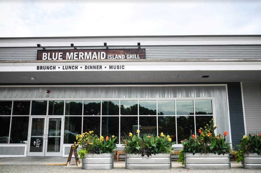 Blue Mermaid Restaurant & Bar. Kittery, Maine